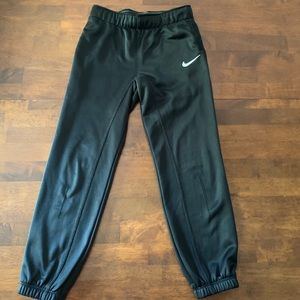 ‼️5 for $20‼️ girls Nike joggers